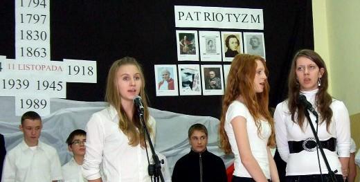 XIV Powiatowy Festiwal Piosenki Patriotycznej