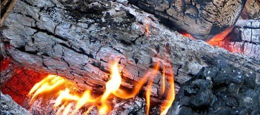 Negatywne skutki spalania odpadów w piecach domowych
