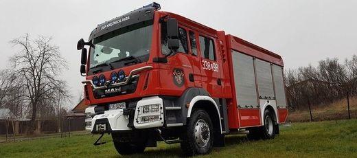 Nowy samochód ratowniczo-gaśniczy OSP Krężnica Jara