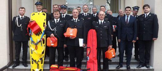 Przekazanie strażakom sprzętu zakupionego w ramach dotacji z funduszu sprawiedliwości